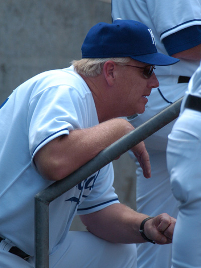 Buddy_bell_in_dugout_dsc_0058_1
