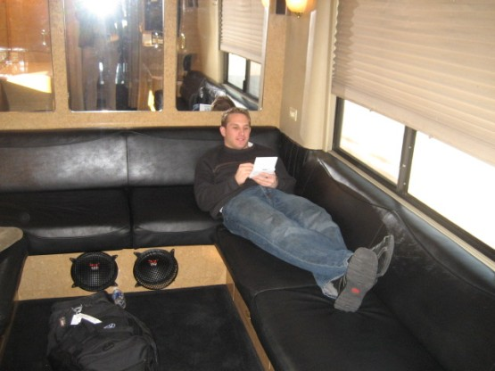 Braun_caravan_bus