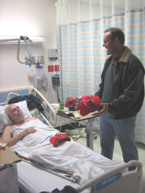 2007_va_visit_brett_tells_a_story_1