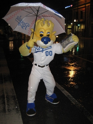 Sluggerrr_newspapers.JPG