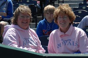 5-11_Pink Shirts_fans_D2X_2225.jpg