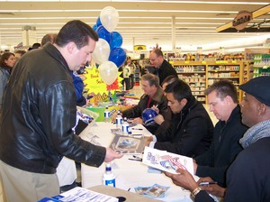Royals Central Caravan Columbia Hy-Vee 2009 039.jpg