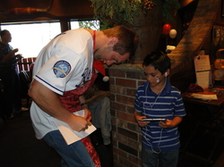 Gordon Autographs.JPG
