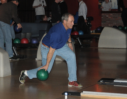 Mike Boddicker bowling.jpg
