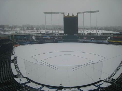 Stadium w Snow 2-5-09 004.jpg