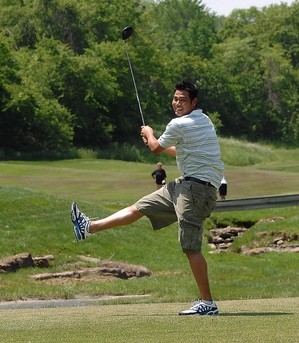 Chen_golf.jpg
