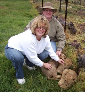 BJ_and_Tim_With_Lion_Cubs.JPG