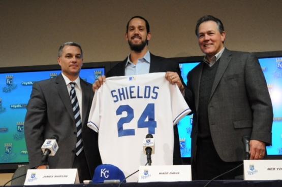 Shields_jersey