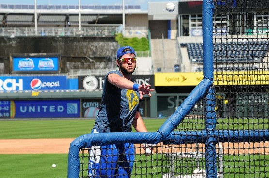 Moose throwing bp