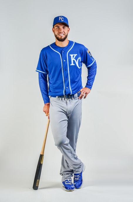 Eric Hosmer modeling new alternate road jersey